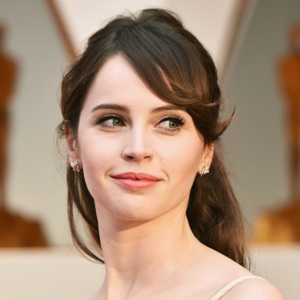 Felicity Jones Biography, Age, Height, Weight, Family, Wiki & More