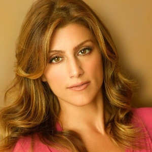 Jennifer Esposito Biography, Age, Height, Weight, Family, Wiki & More