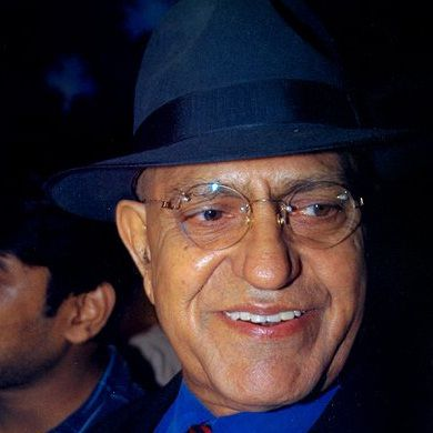 Amrish Puri Biography, Age, Death, Wife, Children, Family, Caste, Wiki & More