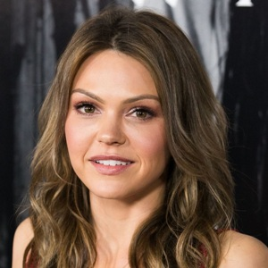 Aimee Teegarden Biography, Age, Height, Weight, Family, Wiki & More