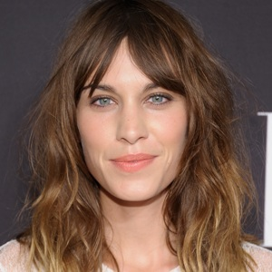 Alexa Chung Biography, Age, Height, Weight, Family, Wiki & More
