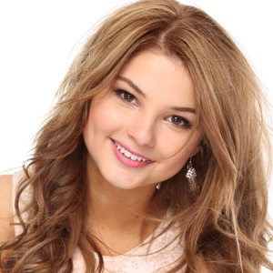 Stefanie Scott Biography, Age, Height, Weight, Family, Wiki & More