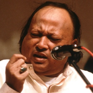 Nusrat Fateh Ali Khan Biography, Age, Death, Wife, Children, Family, Wiki & More