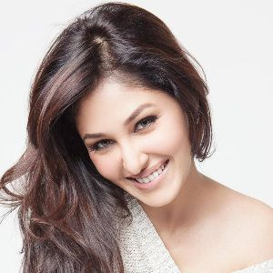 Pooja Chopra Biography, Age, Height, Weight, Boyfriend, Family, Wiki & More