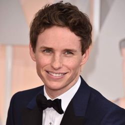 Eddie Redmayne Biography, Age, Height, Weight, Family, Wiki & More