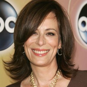 Jane Kaczmarek Biography, Age, Height, Weight, Family, Wiki & More