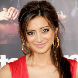 Noureen DeWulf Biography, Age, Height, Weight, Family, Wiki & More