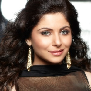 Kanika Kapoor Biography, Age, Ex-husband, Children, Family, Caste, Wiki & More
