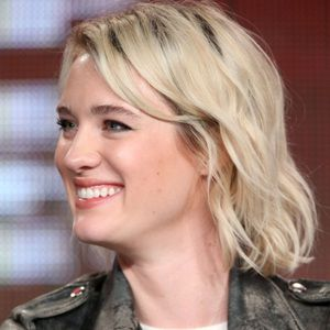 Mackenzie Davis Biography, Age, Height, Weight, Family, Wiki & More
