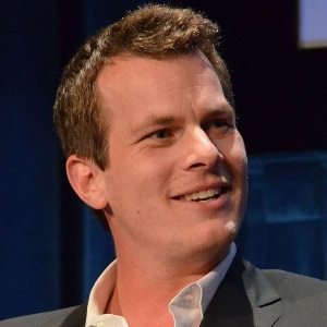Jonathan Nolan Biography, Age, Height, Weight, Family, Wiki & More