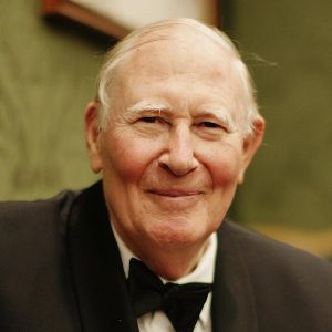 Roger Bannister Biography, Age, Death, Height, Weight, Family, Wiki & More