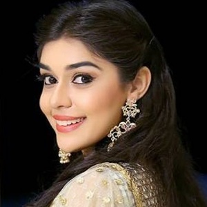 Eisha Singh Biography, Age, Height, Weight, Family, Caste, Wiki & More