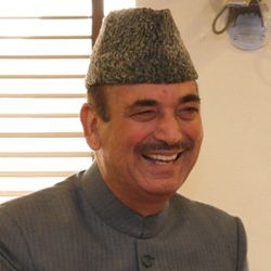 Ghulam Nabi Azad Biography, Age, Height, Weight, Family, Caste, Wiki & More