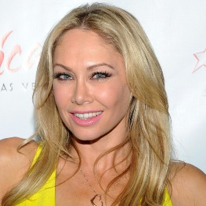 Kym Johnson-..