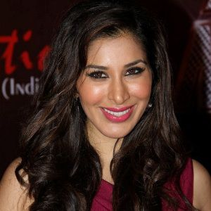 Sophie Choudry Biography, Age, Height, Weight, Boyfriend, Family, Wiki & More