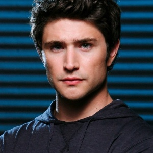 Matt Dallas Biography, Age, Height, Weight, Family, Wiki & More