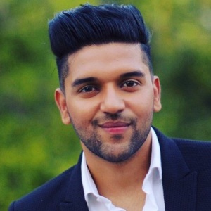 Guru Randhawa Biography, Age, Height, Weight, Girlfriend, Family, Wiki & More