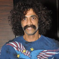 Makarand Deshpande Biography, Age, Wife, Children, Family, Caste, Wiki & More