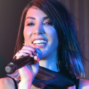 Hande Yener Biography, Age, Height, Weight, Family, Wiki & More