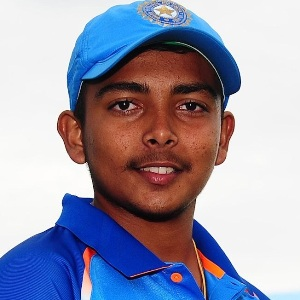 Prithvi Shaw (Cricketer) Biography, Age, Height, Weight, Girlfriend, Family, Wiki & More