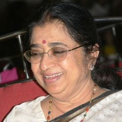 Usha Mangeshkar Biography, Age, Height, Weight, Family, Wiki & More