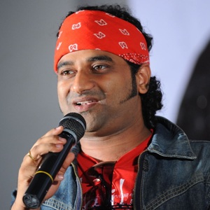 Devi Sri Prasad Biography, Age, Height, Weight, Girlfriend, Family, Wiki & More