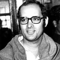 Sanjay Gandhi Biography, Age, Death, Wife, Children, Family, Caste, Wiki & More