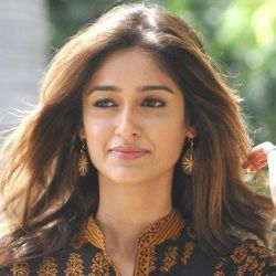 Ileana D'Cruz Biography, Age, Height, Weight, Boyfriend, Family, Wiki & More