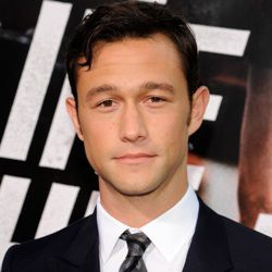 Joseph Gordon-Levitt Biography, Age, Height, Weight, Family, Wiki & More
