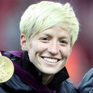 Megan Rapinoe Biography, Age, Height, Weight, Boyfriend, Family, Wiki & More