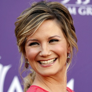 Jennifer Nettles Biography, Age, Height, Weight, Family, Wiki & More