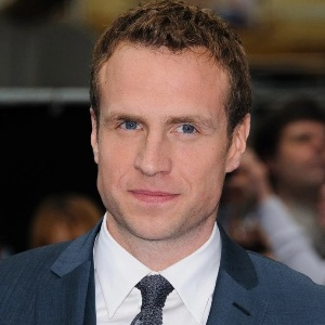 Rafe Spall Biography, Age, Height, Weight, Family, Wiki & More