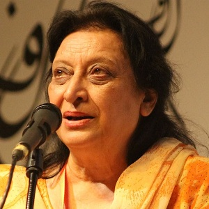 Fahmida Riaz Biography, Age, Height, Weight, Family, Caste, Wiki & More