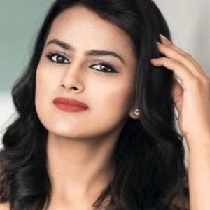 Shraddha Srinath Biography, Age, Height, Weight, Boyfriend, Family, Wiki & More