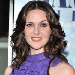 Ashley Lilley Biography, Age, Height, Weight, Family, Wiki ...