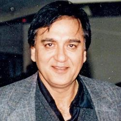 Sunil Dutt Biography, Age, Death, Wife, Children, Family, Wiki & More