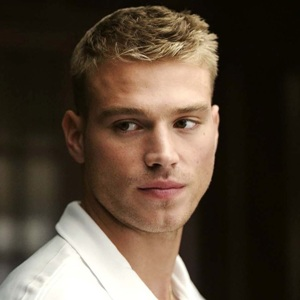 Matthew Noszka Biography, Age, Height, Weight, Family, Wiki & More
