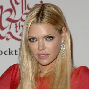 Sophie Monk Biography, Age, Height, Weight, Family, Wiki & More
