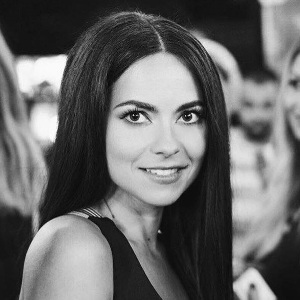 Inna (Singer) Age, Height, Family, Bio, Wiki & More