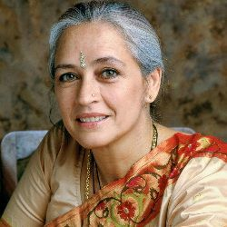 Nafisa Ali Biography, Age, Husband, Children, Family, Caste, Wiki & More
