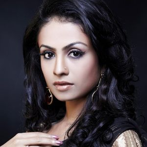 Manasi Parekh Gohil Biography, Age, Height, Weight, Family, Caste, Wiki & More