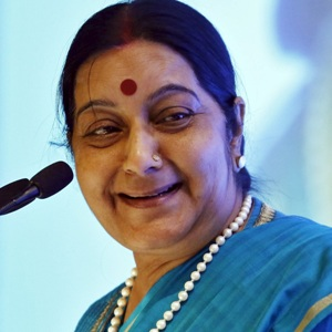 Sushma Swaraj Biography, Age, Death, Husband, Children, Family, Caste, Wiki & More