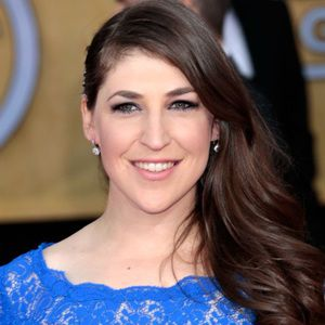 Mayim Bialik Biography, Age, Height, Weight, Family, Wiki & More