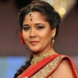 Narayani Shastri Biography, Age, Height, Weight, Family, Caste, Wiki & More