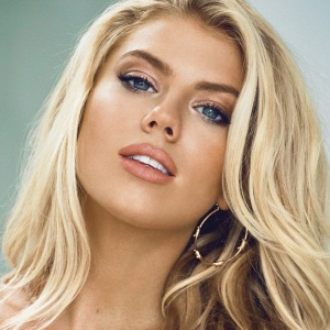 Charlotte McKinney Biography, Age, Height, Weight, Family, Wiki & More