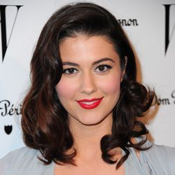 Mary Elizabeth Winstead Biography, Age, Height, Weight, Family, Wiki & More