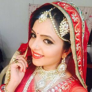 Sugandha Mishra Biography, Age, Height, Weight, Boyfriend, Family, Wiki & More