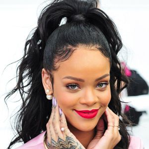 Rihanna Biography, Age, Height, Weight, Boyfriend, Family, Wiki & More