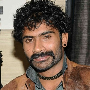 Yogesh Biography, Age, Height, Weight, Family, Caste, Wiki & More