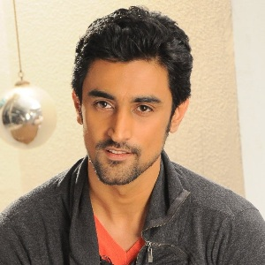 Kunal Kapoor Biography, Age, Wife, Children, Family, Caste, Wiki & More